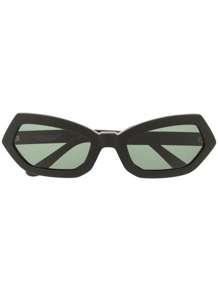Czarne okulary Undercover