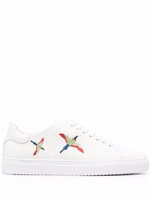 Białe sneakersy skorzane koronkowe Axel Arigato