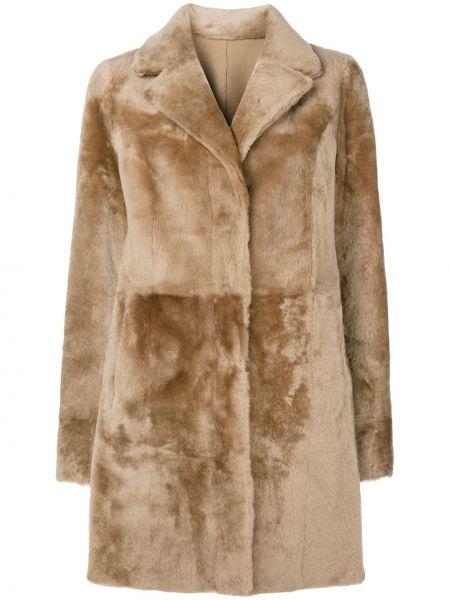 Коричневая длинное пальто из овчины с лацканами Drome