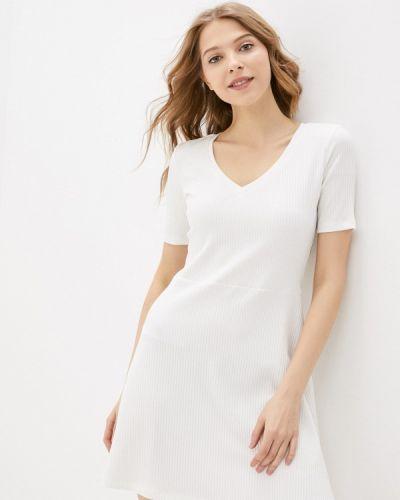 Прямое белое платье А-силуэта Trendyangel
