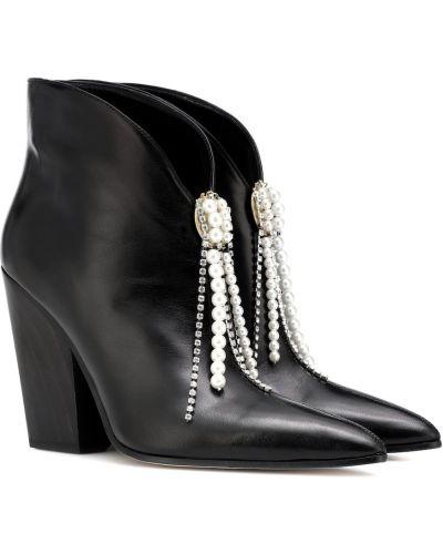 Wysoki buty czarne na wysokości Magda Butrym