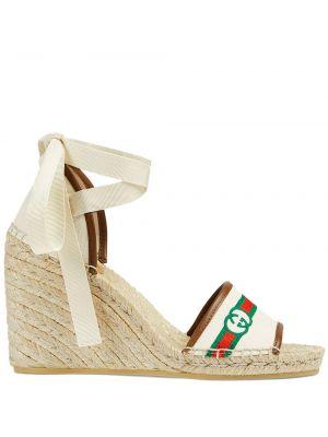 Białe sandały skorzane na koturnie Gucci