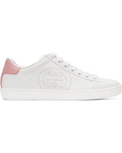 Różowe sneakersy skorzane sznurowane Gucci