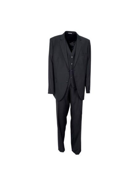 Czarny garnitur Hugo Boss