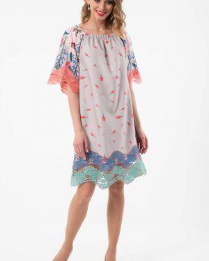 Летнее платье платье-сарафан на резинке Wisell