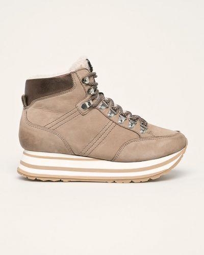 Ботинки на каблуке на танкетке на шнуровке Tamaris