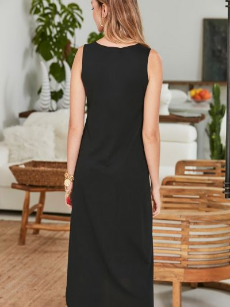 Трикотажное черное прямое платье с вырезом Trendyol
