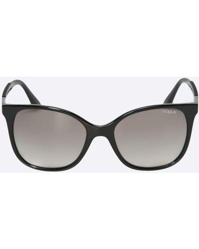 Солнцезащитные очки черные Vogue Eyewear