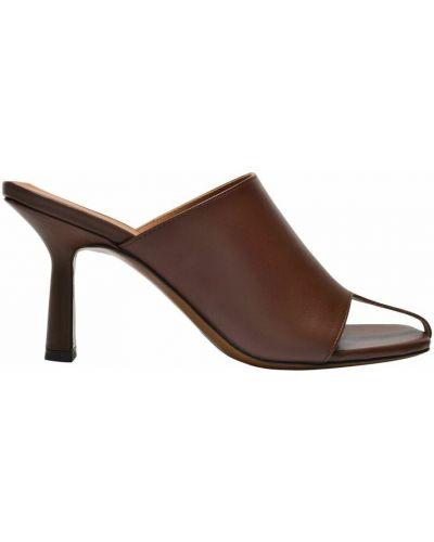 Brązowe sandały Neous
