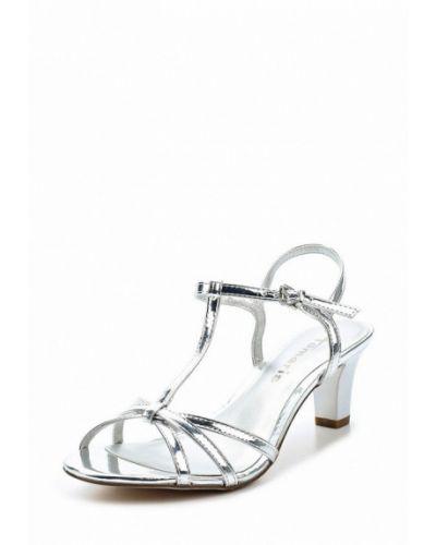 Босоножки на каблуке серебряного цвета Tamaris
