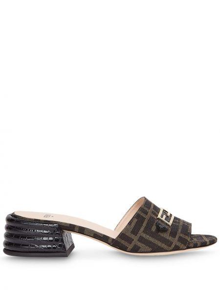 Skórzany czarny sandały na pięcie z logo Fendi