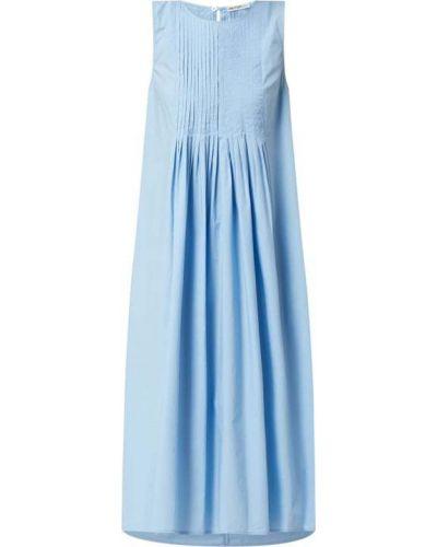 Niebieska sukienka rozkloszowana bez rękawów Drykorn