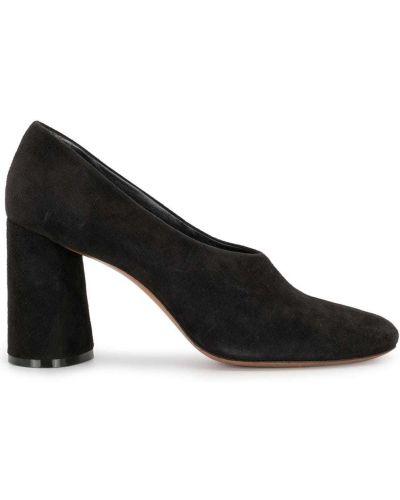 Кожаные черные туфли-лодочки на каблуке закрытые Céline Pre-owned