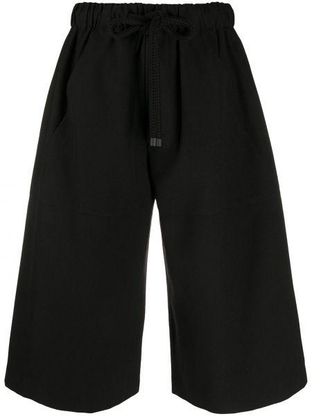 Хлопковые черные шорты с карманами Loewe