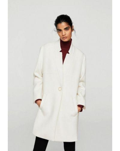 Белое пальто весеннее Mango