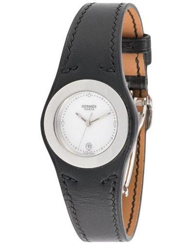 Со стрелками черные кожаные часы Hermes