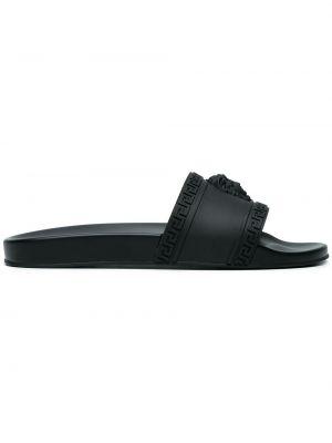 Czarne klapki na basen Versace