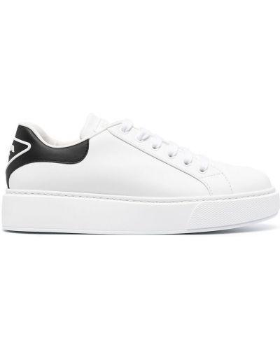 Buty sportowe skorzane - białe Prada