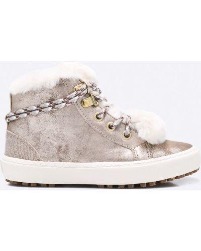 Ботинки на каблуке теплые Gioseppo