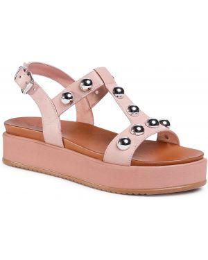 Różowe sandały Inuovo