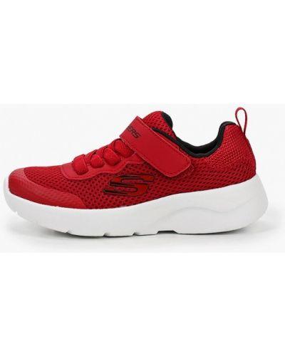 Текстильные красные кроссовки Skechers