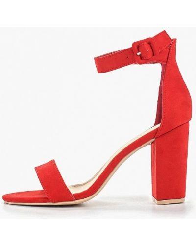 Босоножки на каблуке красный Queen Vivi