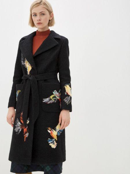 Черное пальто Yukostyle