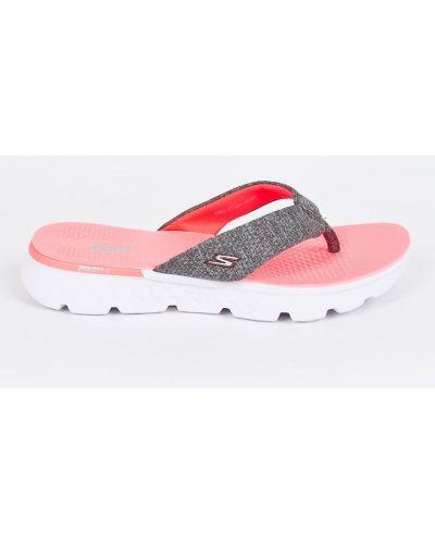 Розовые сандалии Skechers