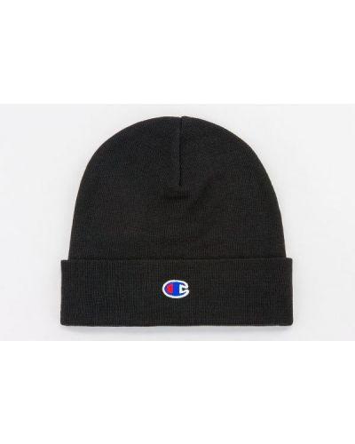 Czarna czapka z haftem Champion