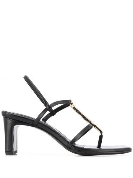 Открытые кожаные черные сандалии на каблуке Dorateymur