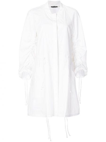 Белое пальто с капюшоном Josie Natori