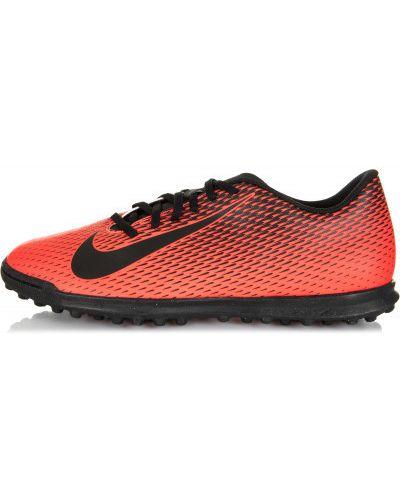 Красные бутсы Nike