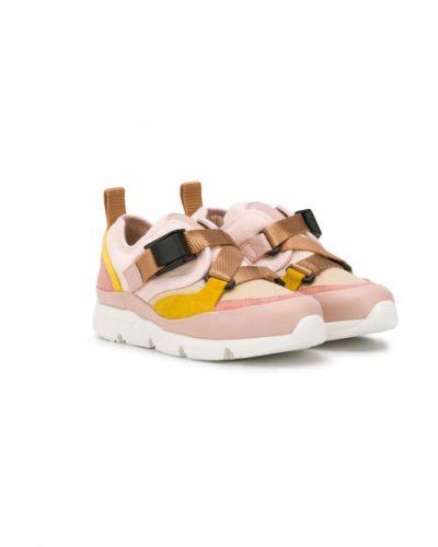 Różowe sneakersy skorzane klamry Chloé Kids