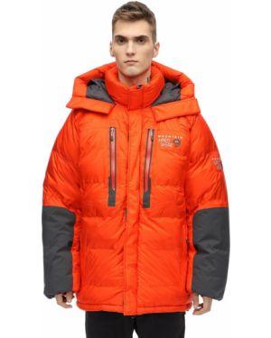 Pomarańczowa kurtka z kapturem z haftem Mountain Hardwear
