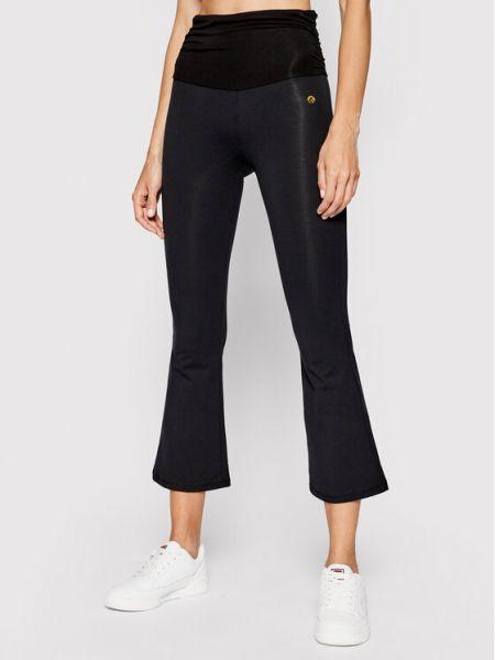 Czarne spodnie materiałowe Deha