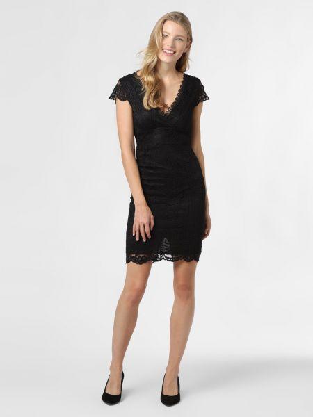 Czarna sukienka wieczorowa Lipsy