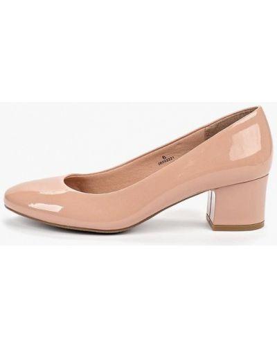 Бежевые кожаные туфли на каблуке Marks & Spencer