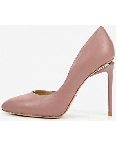 Кожаные туфли лодочки на каблуке Vitacci
