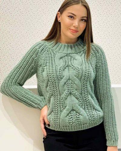 Красный шерстяной вязаный свитер с косичкой Vovk