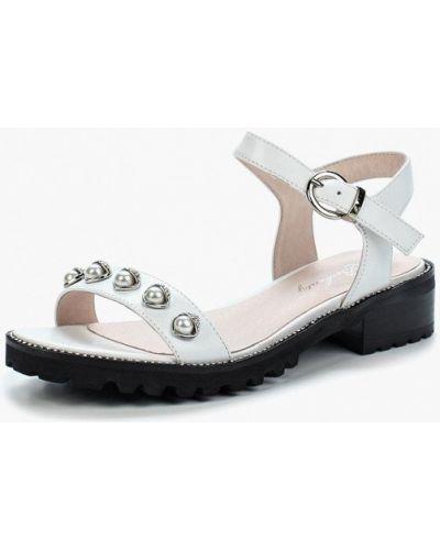 Белые сандалии Berkonty
