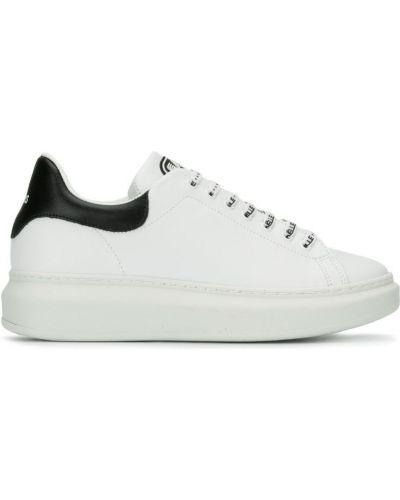 Кроссовки на платформе - белые Gaelle Bonheur