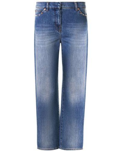Прямые джинсы укороченные с эффектом потертости Valentino