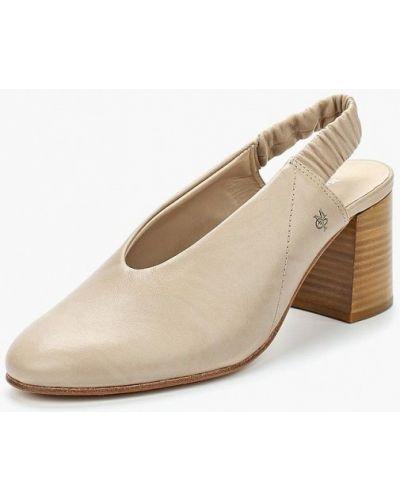 Бежевые кожаные туфли Marc O'polo