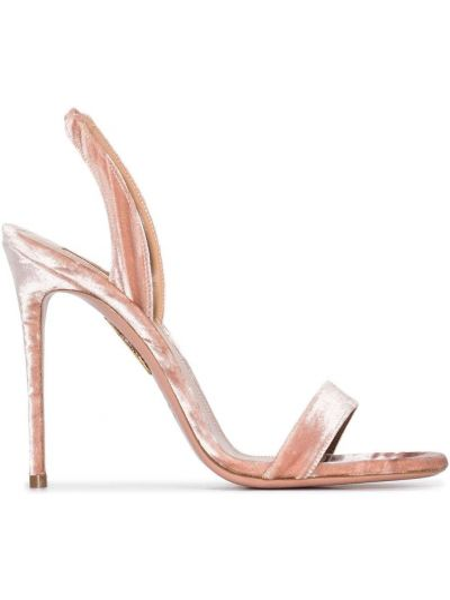 Różowe sandały skorzane peep toe Aquazzura