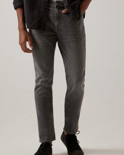 Серые зимние зауженные джинсы Springfield