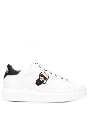 Skórzane sneakersy białe z logo Karl Lagerfeld