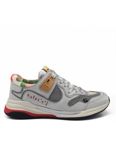 Czerwone sneakersy skorzane z haftem Gucci