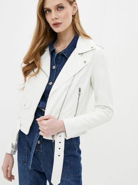 Кожаная куртка осенняя белая Softy