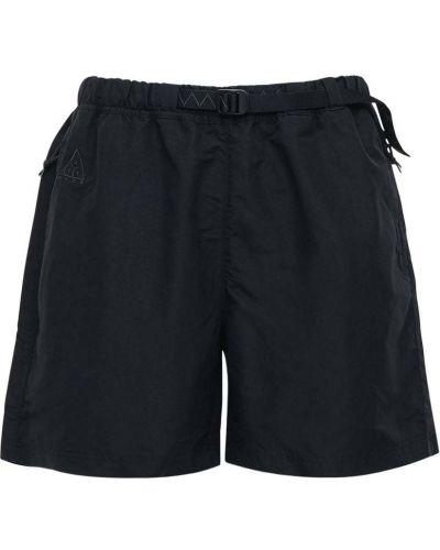 Czarne szorty z paskiem z nylonu Nike Acg