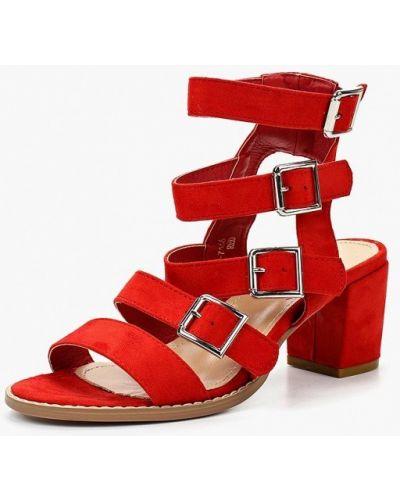 Красные босоножки на каблуке Marquiiz